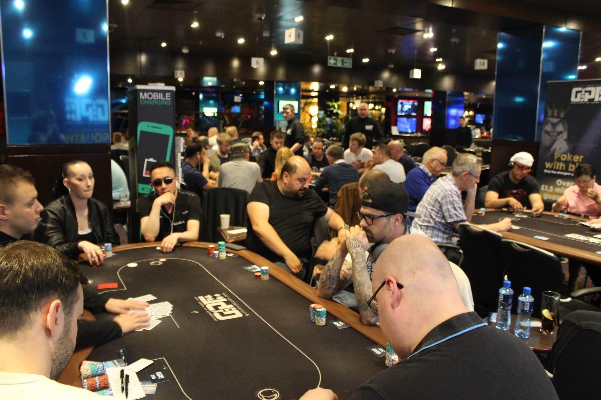 Poker tournament london 2016 strategia james bond roulette